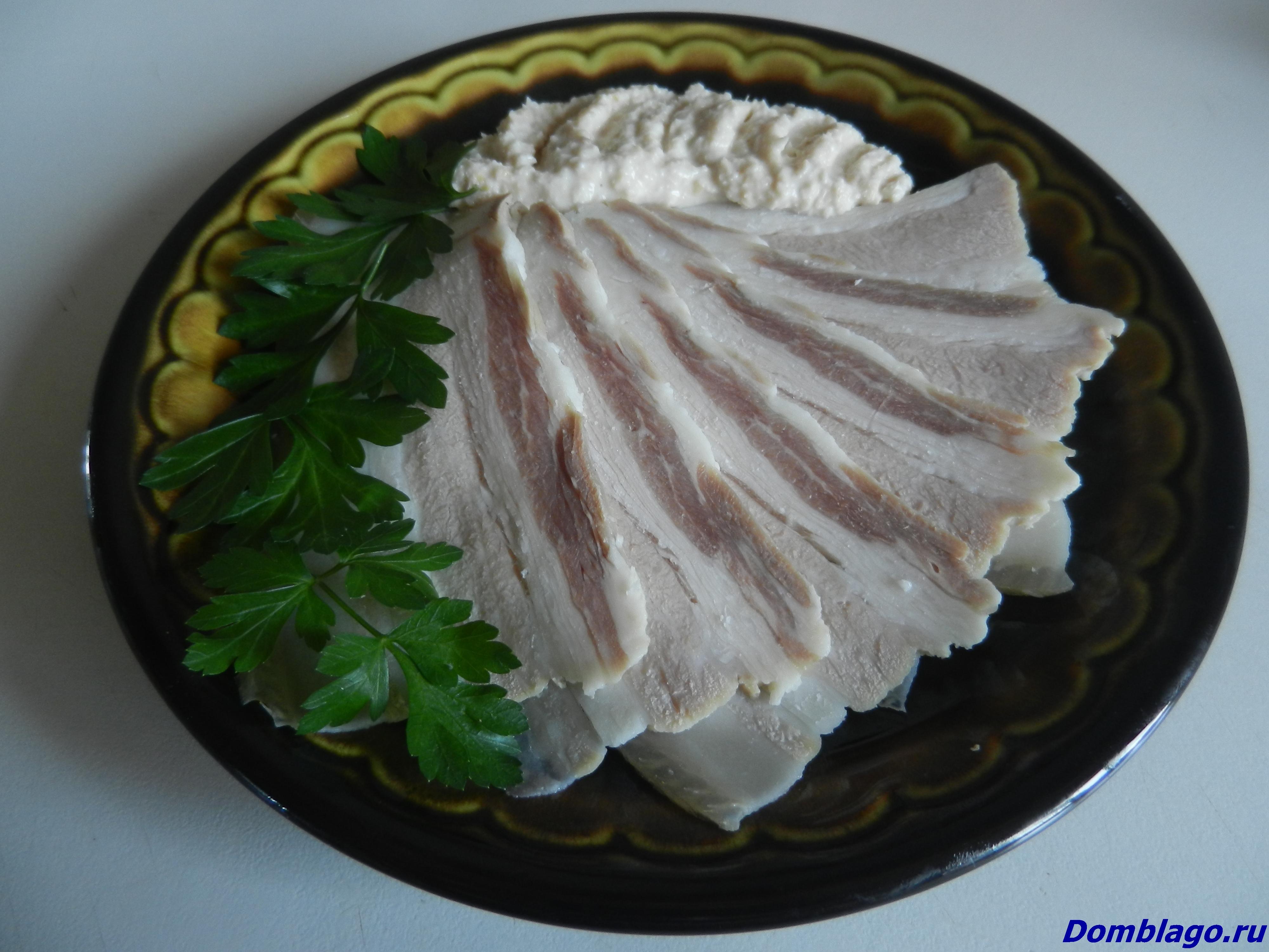 Быстро, просто, очень вкусно. Грудинка свиная соленая. Рецепт с фото.