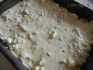 Заливной пирог с капустой на майонезе и сметане