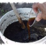 Как приготовить жидкие органические удобрения для огорода